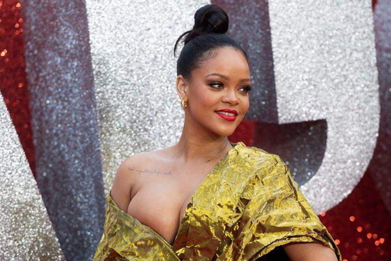 Why Rihanna banned photographers and mobile phones at her latest fashion show