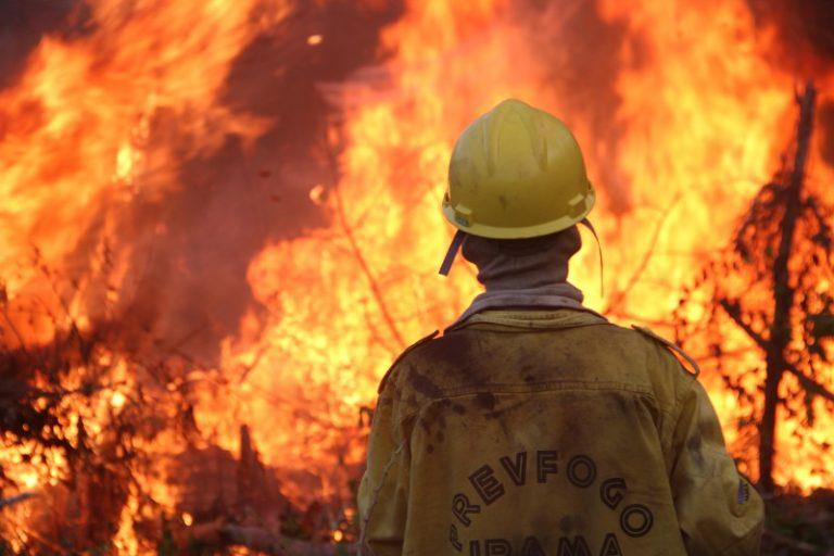 Columbia asks for international help in fighting forest fires