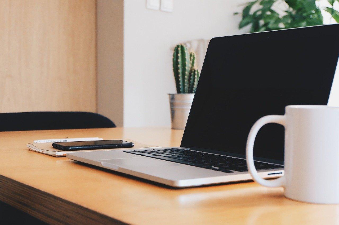 Less stress? Put a plant on your desk