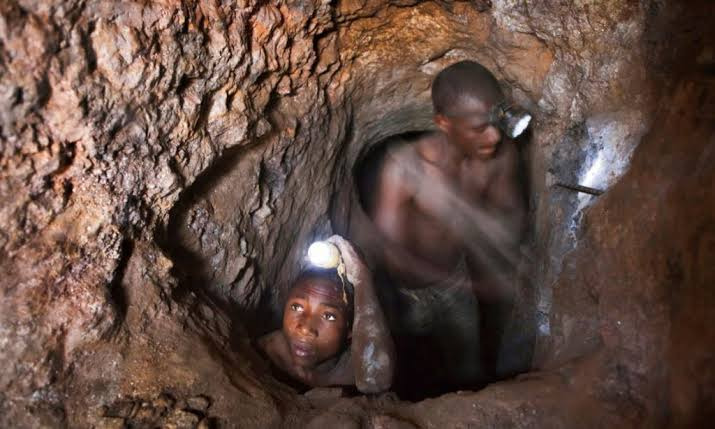 "9 illegal miners ""stoned to death"" by rival colleagues in South Africa"
