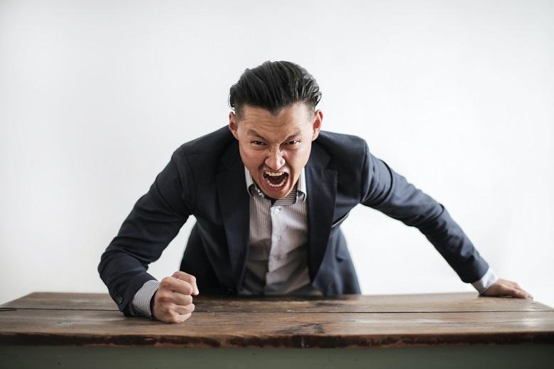 Shouting help reduce strong emotional stress - psychiatrist says