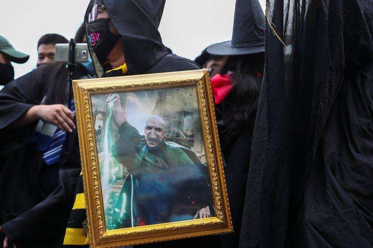"""Thai students compare king to """"Lord Voldemort"""" during protest"""