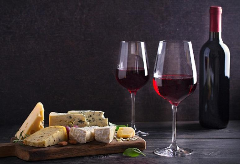 Are wine and cheese good for the brain? A study answers