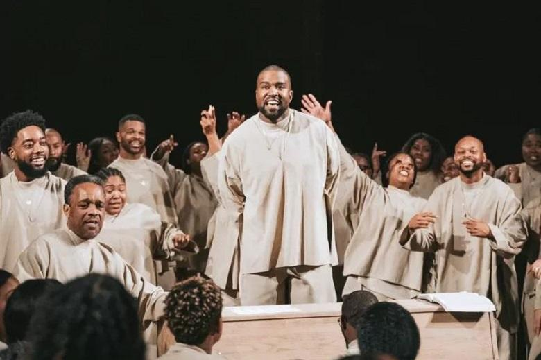 "Kanye West Releases New Religious Record ""To Celebrate the Birth of Jesus"""