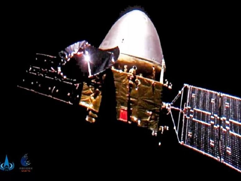 Tianwen-1 arrives at Mars, looking for a landing spot