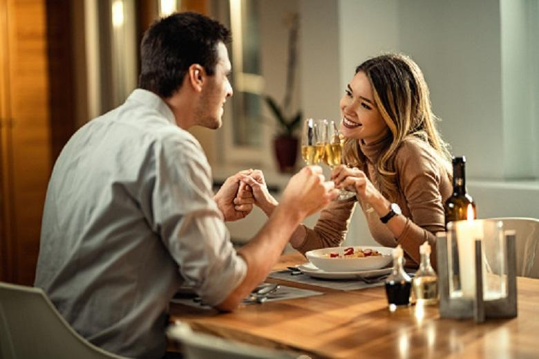 What women must avoid on a first date
