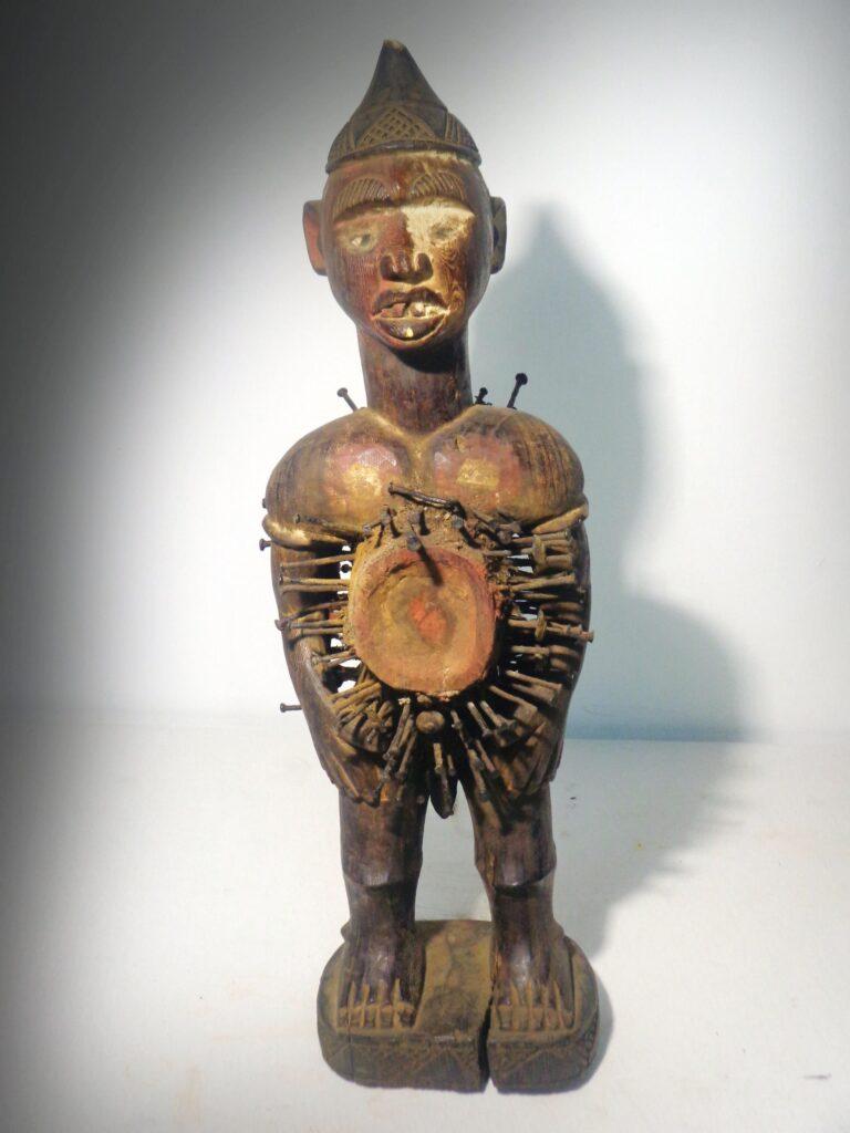 Nkisi figurine