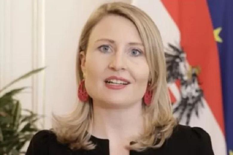 Austrian Integration Minister swallows criticism for her 'map of political Islam'