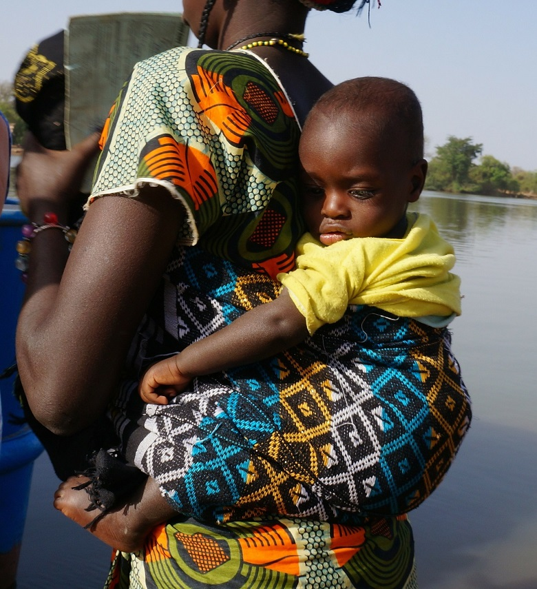 African method of carrying baby
