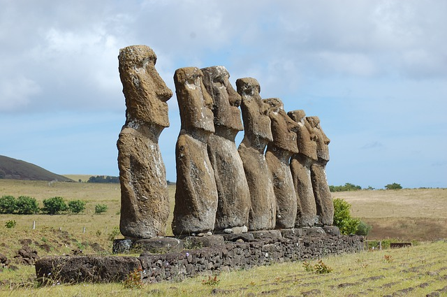 Scientists learn how mysterious moai statues were built: mystery of Easter Island idols revealed