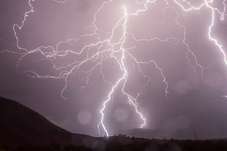 Creepy things that can happen to the body from a lightning strike