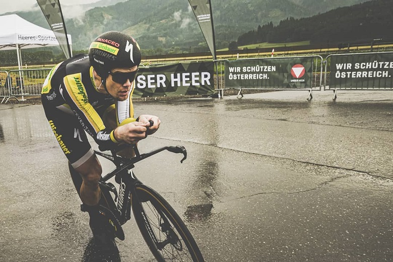 Punishment world record: ultra cyclist Christoph Strasser covers over 1000km in 24 hours